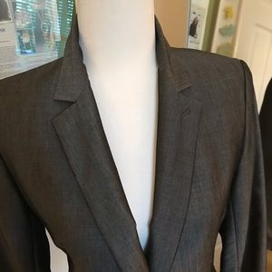 Club Monaco gorgeous shimmering grey suit